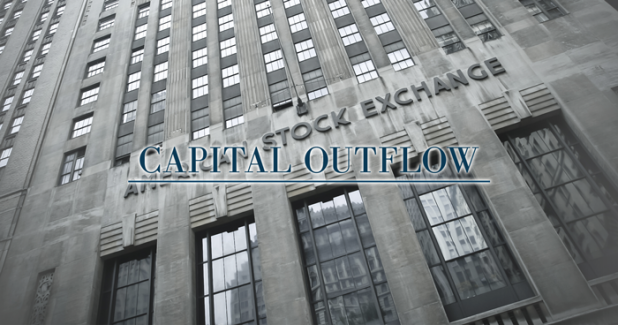 Capital outflows evoke the times of Lehman Brothers bankruptcy